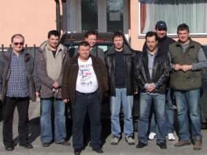 Erőműlátogatás előtt a Dunagáz előtt
